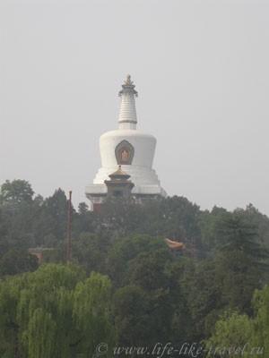 Китай, Пекин. Белая ступа