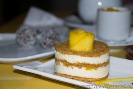 Филиппины, остров Боракай, десерты в кафе Лимон
