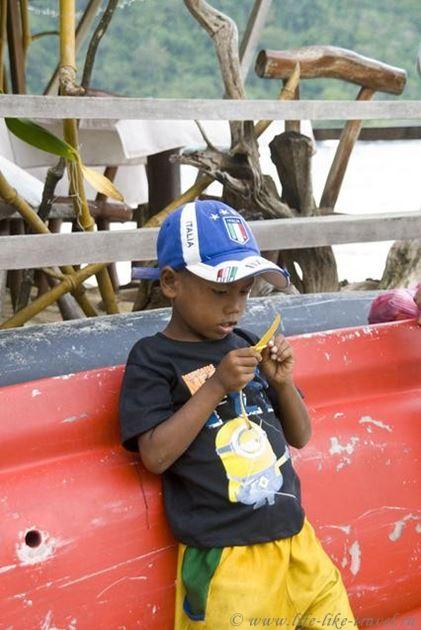 Филиппины, остров Палаван, Эль Нидо, дети моря