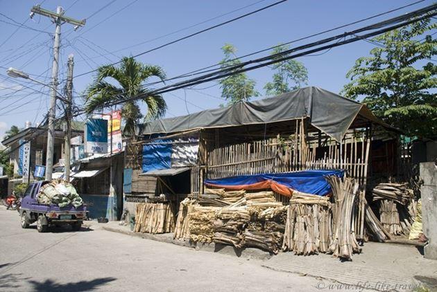Сушка дров, Думагете, остров Негрос, Филиппины