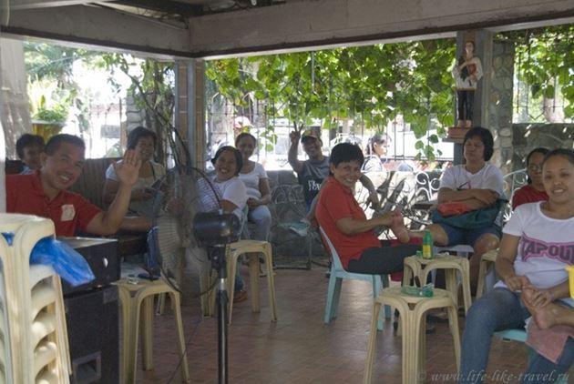 Кафедральный собор Думагете, массажисты, Филиппины