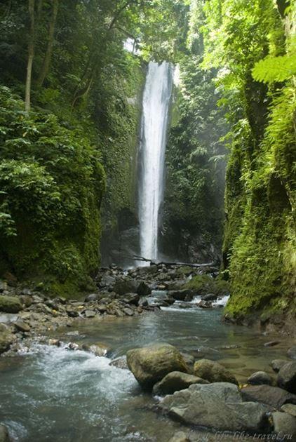 Водопад Касароро, Валенсия, остров Негрос, Филиппины