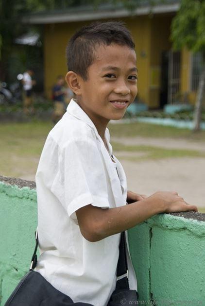 Школьник, Думагете, Филиппины