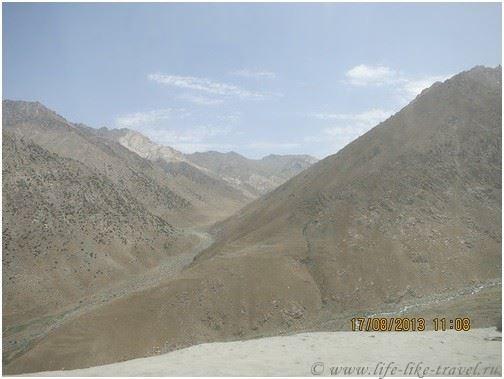 Дорога в Мазар, Афганистан
