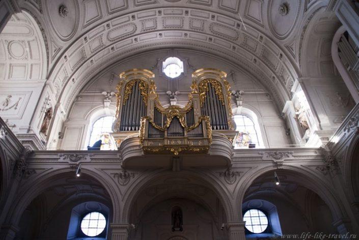 Церковь Святого Михаила, Мюнхен