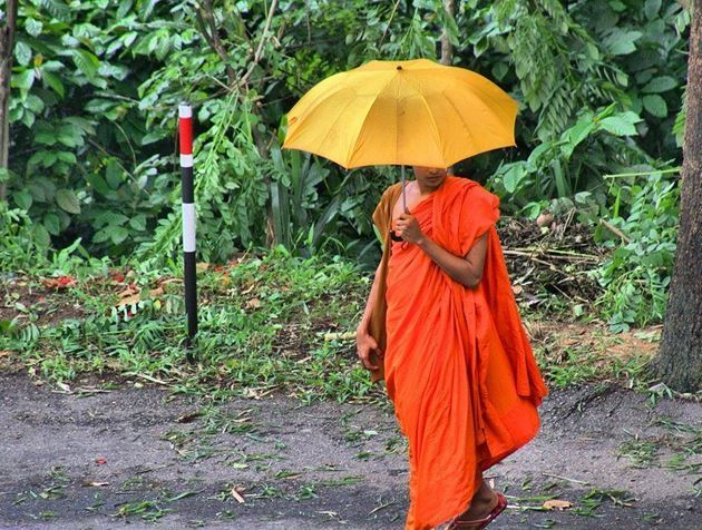Монах, Шри-Ланка