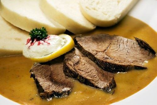 svickova na smetane - запеченная говядина