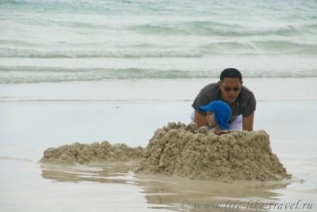Филиппины, остров Боракай, Замки из песка