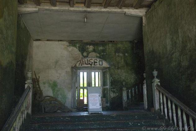 Филиппины, остров Бохол, церковь и музей Баклайон