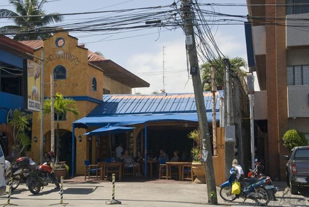 Ресторан Коко Амигос, Думагете, остров Негрос, Филиппины