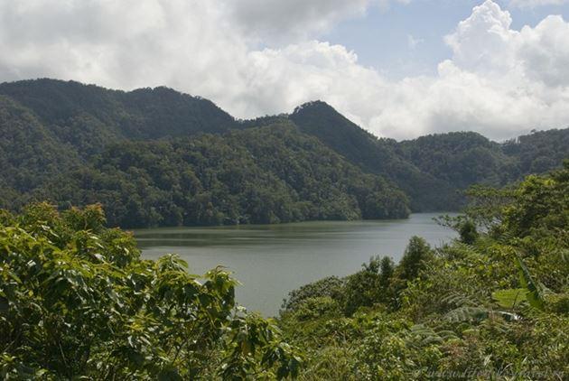 Озера-близнецы, окрестности Думагете, остров Негрос, Филиппины
