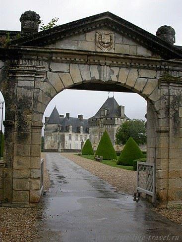 Шато Ла Роше Курбон, Франция
