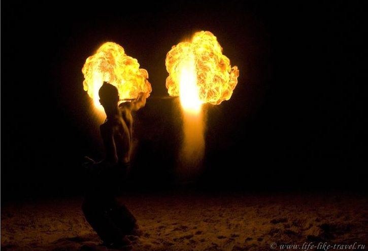 Файеры: танцы с огнем