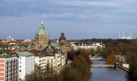 Вид на Мюнхен и реку Изар