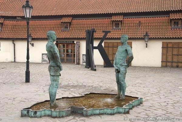 Достопримечательности и места Праги, связанные с жизнью и творчеством самого загадочного писателя Франца Кафки