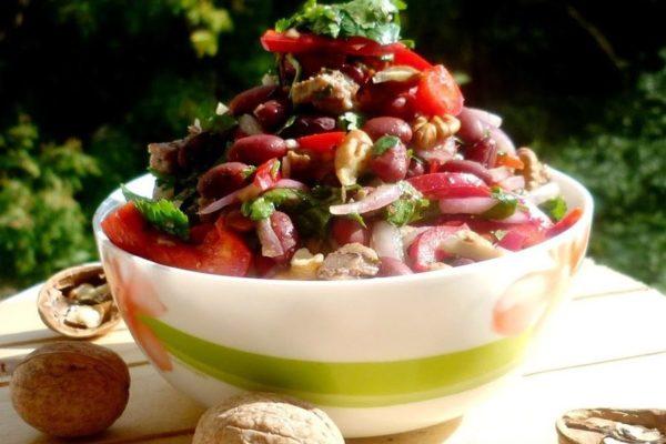 Салат Тбилиси — рецепт грузинской кухни