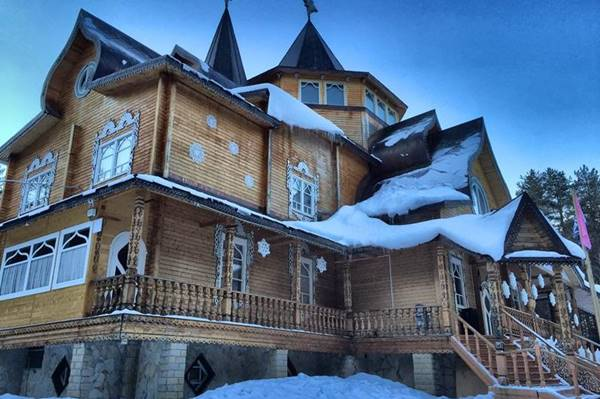 Резиденция Деда Мороза в Великом Устюге: как добраться, цены, что интересного, как отправить открытку от Деда Мороза