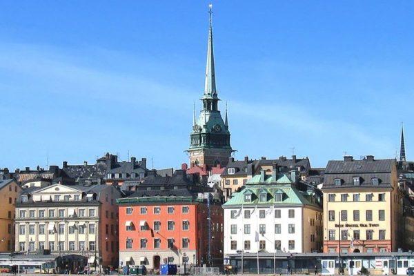 Город красивых людей Стокгольм: шведская семья и русские челночники — это реальность