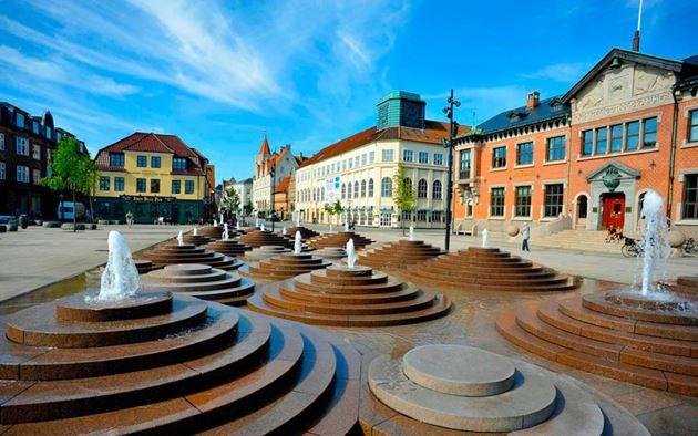 Самостоятельно в Данию