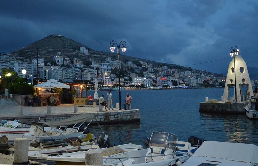 Порт, Албания