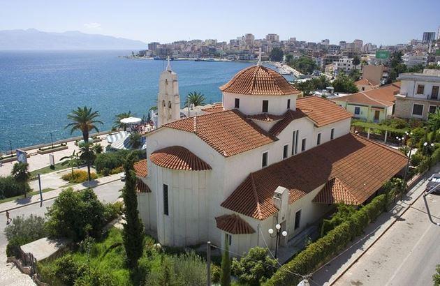 Церковь, Албания