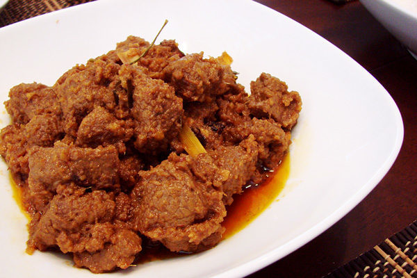 Мясо Rendang — рецепт малазийской кухни