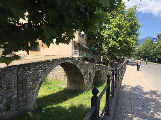 Албания, Тирана, Старый мост