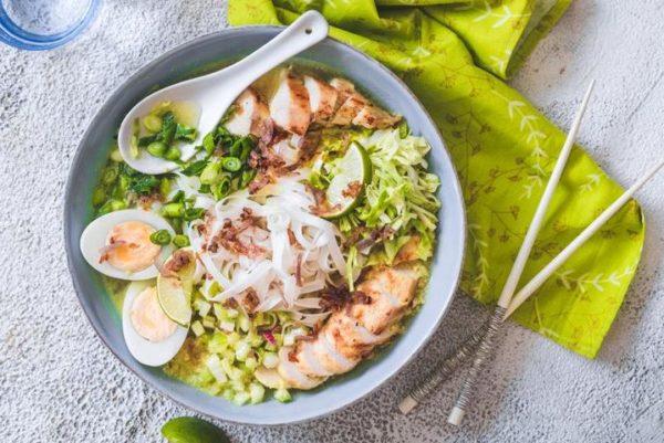 Soto Ayam (куриный суп)