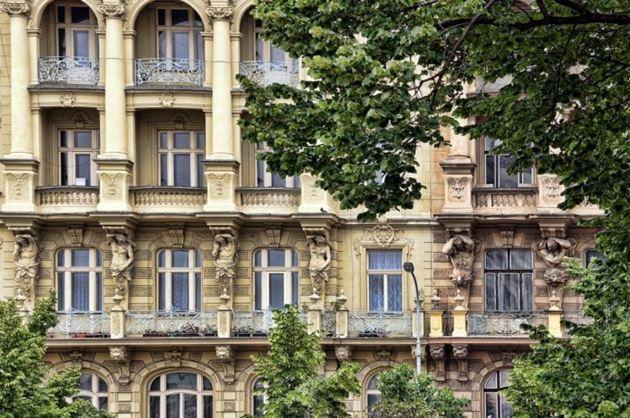 окна в Праге