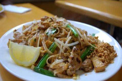 Курица по-тайски в соусе с кинзой — рецепт тайской кухни