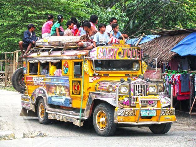 Филиппинский автобус