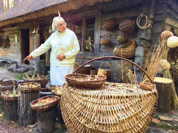 Латвия, Рига, Этнографический музей, день Микелиса