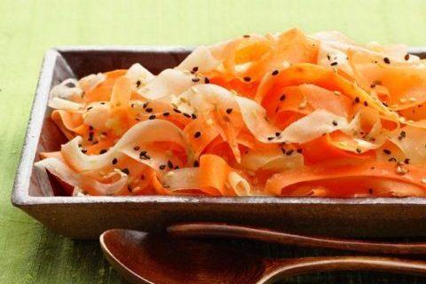 Маринованная морковь с дайконом — рецепт вьетнамской кухни