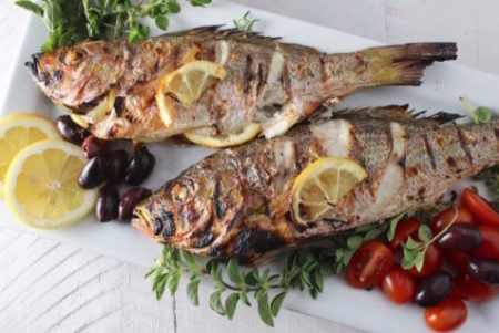 Жареная рыба с соусом Раки — рецепт киприотской кухни