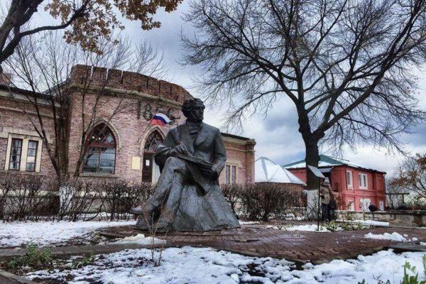 Все самое важное для поездки в Оренбург: как добраться, жилье, цены, достопримечательности, уровень жизни, кухня, оренбуржцы и Юрий Гагарин