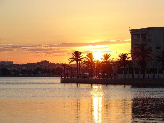 Закат, Тунис