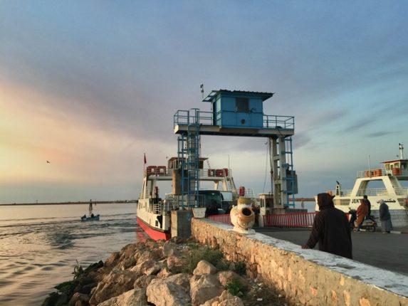 Паром с острова Джерба, Тунис
