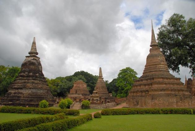Сукхотаи (Sukhothai) исторический и природный парк